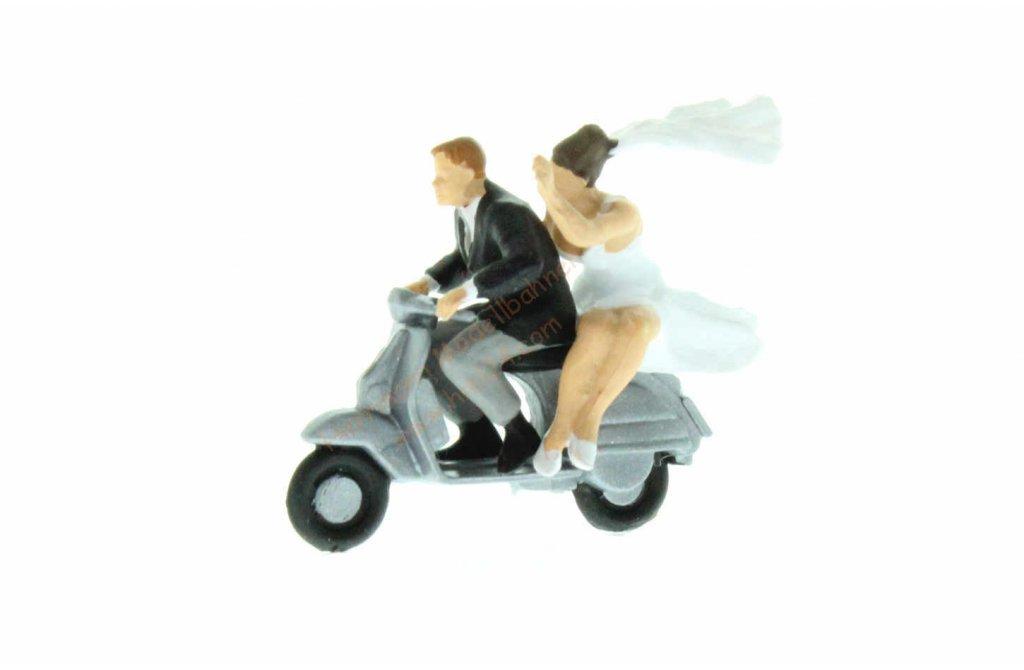 Ho Brautpaar Auf Vespa Roller Preiser 28150